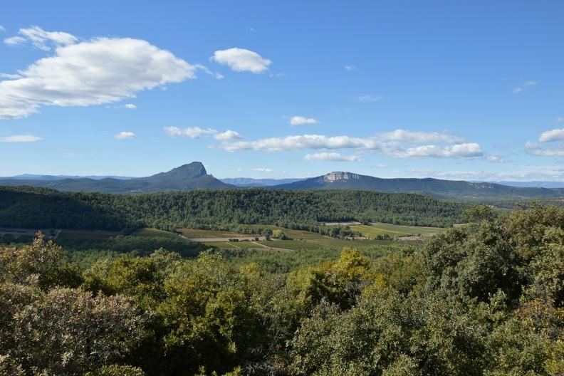 Vue sur le Pic Saint Loup (HDR)