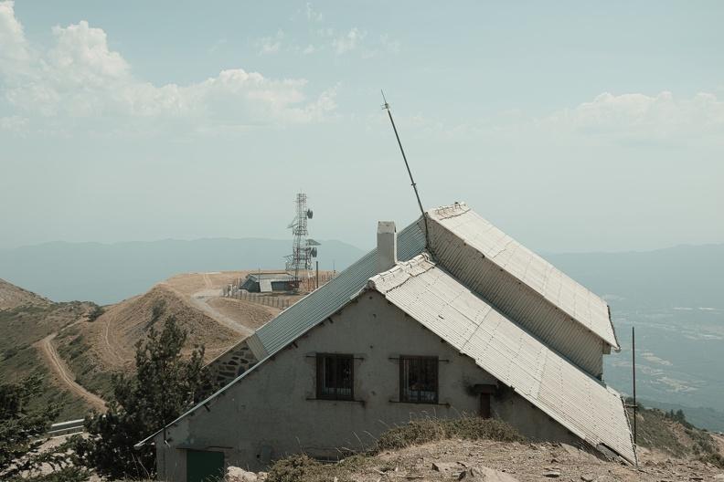 Observatoire météorologique au sommet du mont de l'Homme