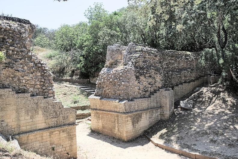 Pont de Valmale - aqueduc romain de Nîmes