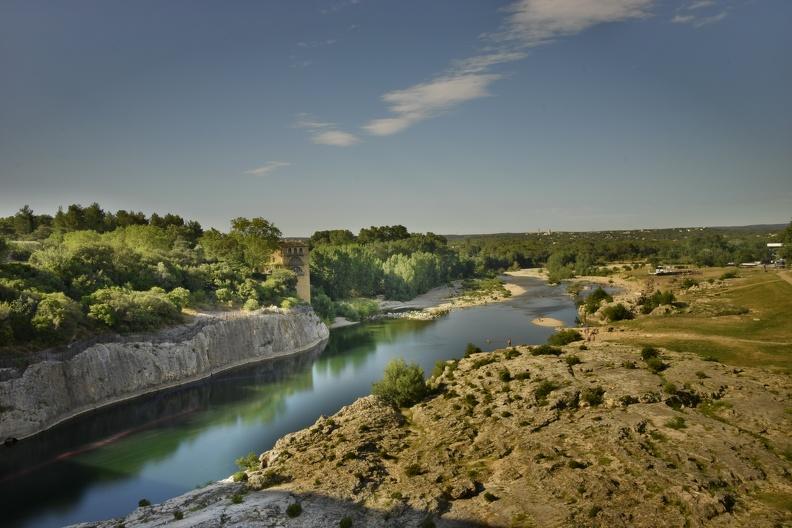 Vue depuis le Pont du Gard (HDR)