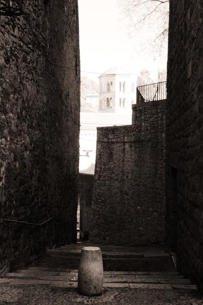 Ruelle dans Gérone (sépia)