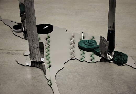 EXPO CRASH TEST (« Hot Springs » - Alice Channer)