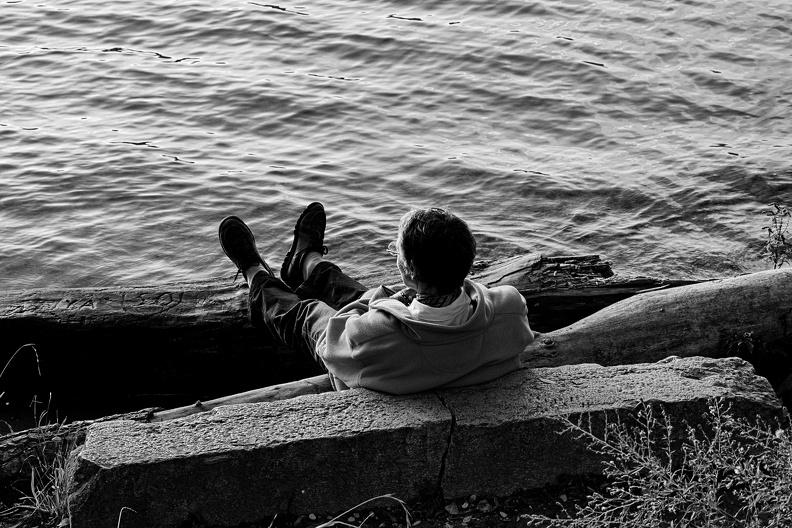 Contemplation en bord de Rhône