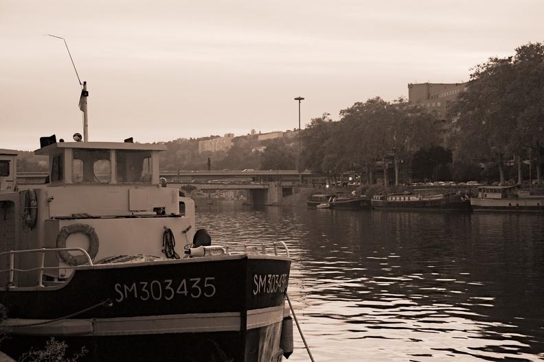 Quais de Saône à Lyon (sepia)