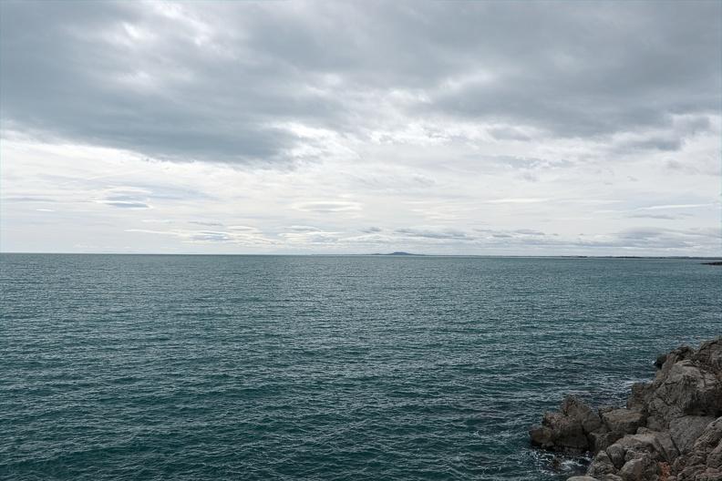 Au loin le Mont Saint-Loup (Agde) depuis Sète